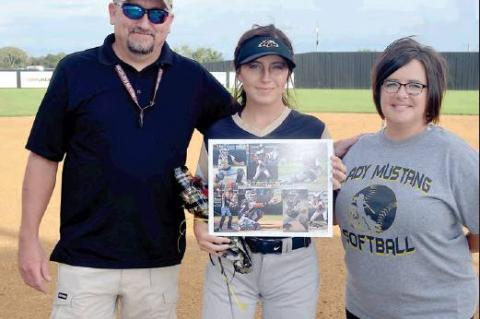 Allen Softball Seniors Honored