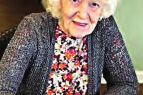 Rites held for Deloris Lindley