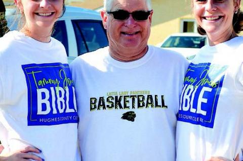 Latta basketball coach Bruce Plunk